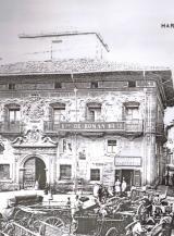 Palacio  Plaza de la Cruz